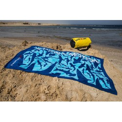 Ocean in motion Towel